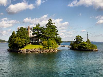 Viaje de novios a Mil islas (Canadá)